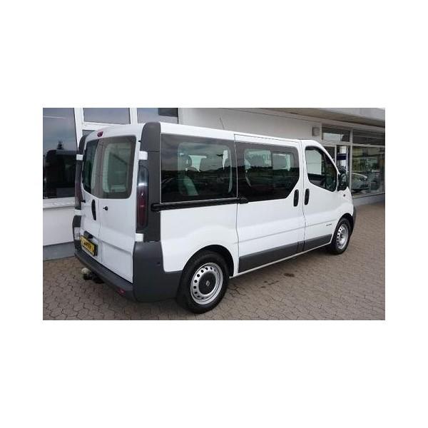 attelage renault trafic minibus 2001 2006 et rallonge type fl sauf 4x4 r autoprestige. Black Bedroom Furniture Sets. Home Design Ideas